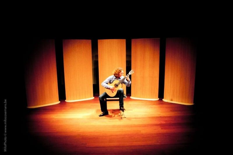 Dimitri Illarionov gitaar en…