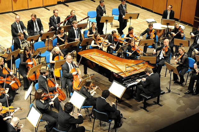 Leif Ove Andsnes (piano) & Mahler Chamber Orchestra