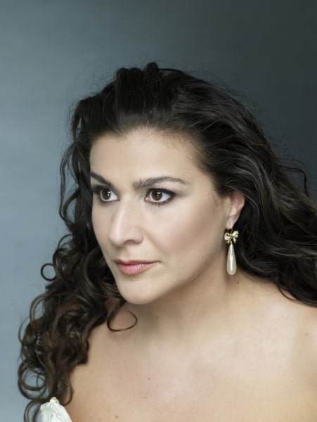 Cecilia Prima Donna