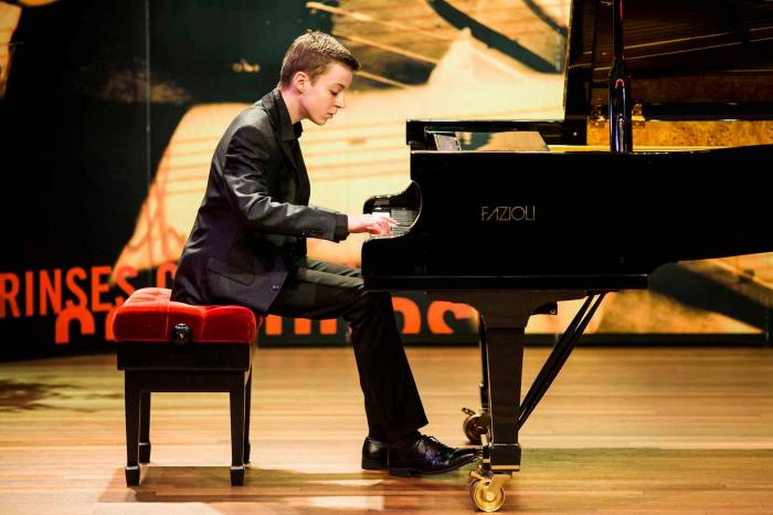 Carter Muller in concert – Young Masters Classic