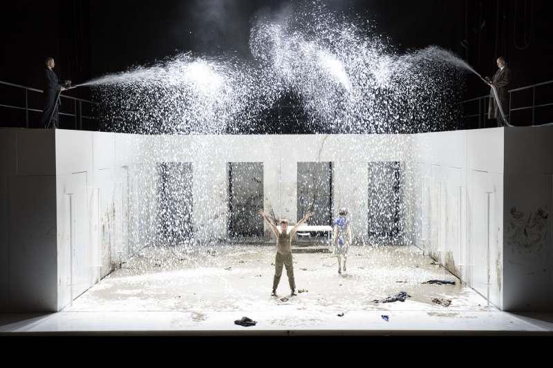 Internationale pers zag beste wereldpremières bij  Opera Ballet Vlaanderen